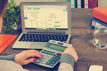 Cloud-Based Accounting Helps Save You Time, Money, and Worry
